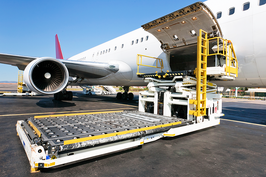 in-page-image-air-freight-900-600-02